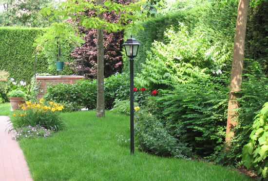 Progettare piccolo giardino top idee per giardini fai da - Idee giardino piccolo ...